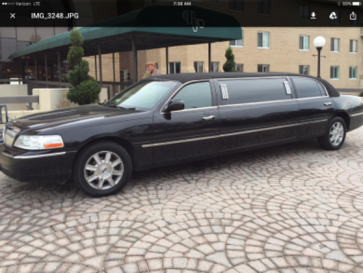 Limousine For 2009 Lincoln Town Car 72 By Krystal