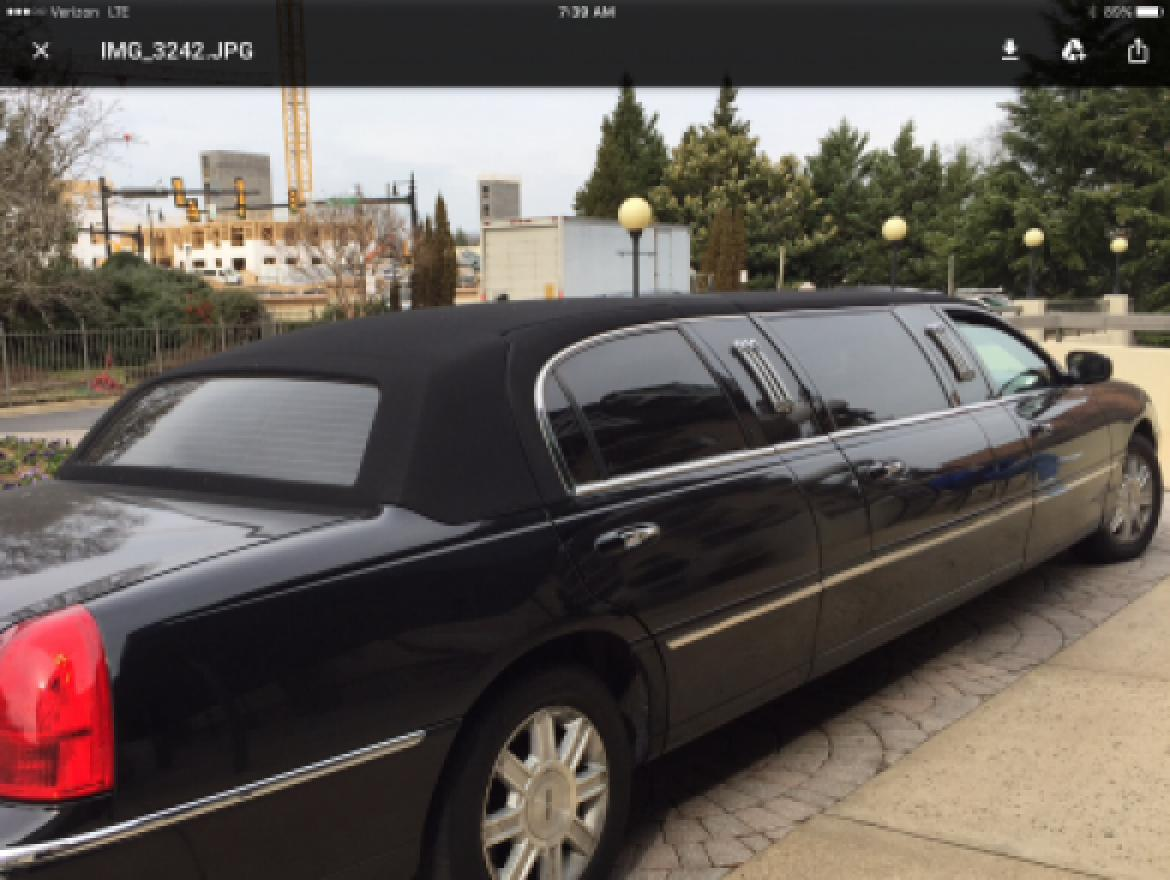 "Photo of Limousine for sale: 2009 Lincoln Town Car Limousine 72"" by Krystal"