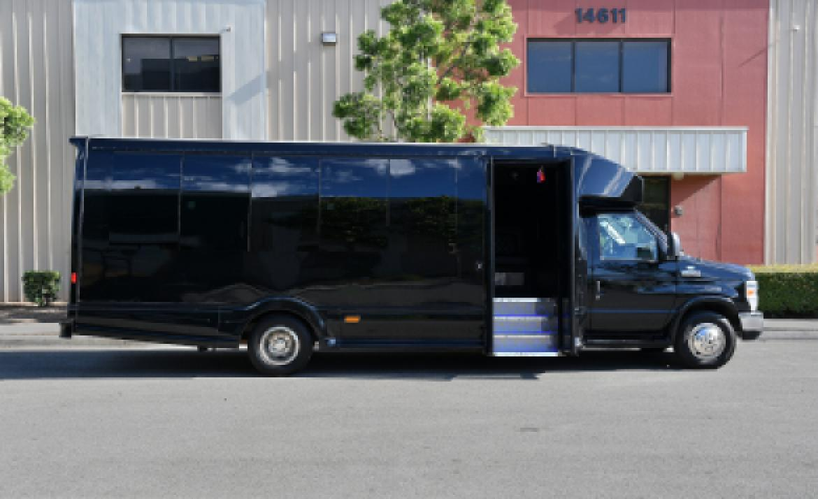 Limo Bus for sale: 2012 Ford E-450 by Turtle Top