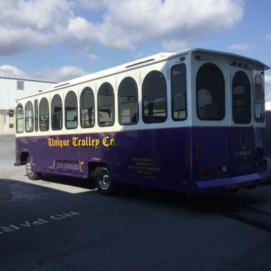 """For sale: 1995 Chance 30 Feet"""" Freightliner Trolley Antique"""