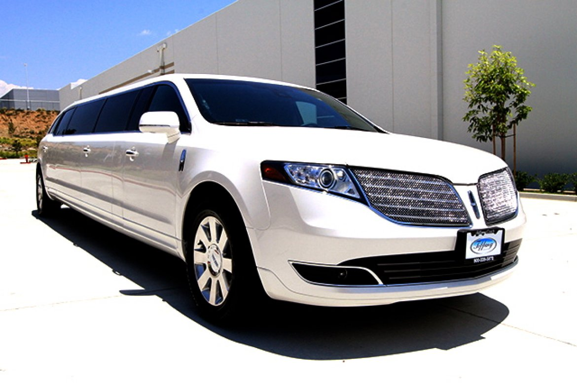Limousine For 2017 Lincoln Mkt 27 By Tiffany Coach