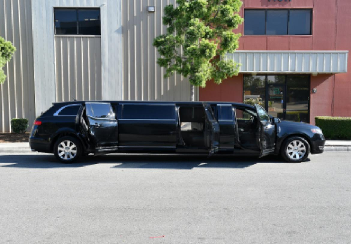 Limousine For Sale >> 2014 Lincoln Mkt For Sale 56995
