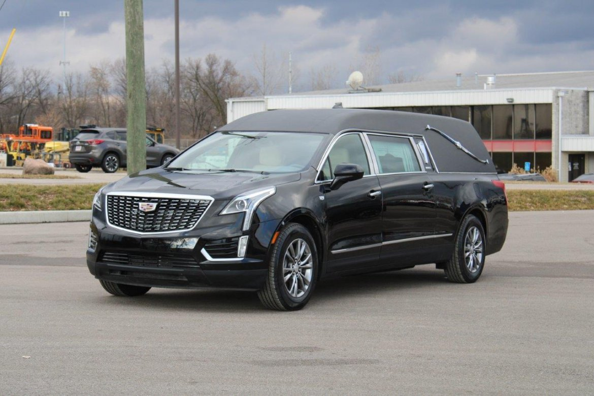 Funeral for sale: 2020 Cadillac XT5 Heritage by Federal Coach