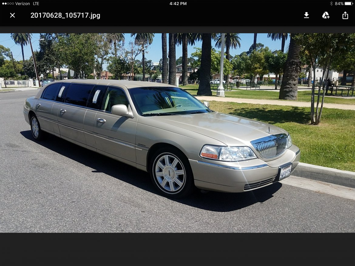 used 2007 lincoln town car for sale ws 10465 we sell limos. Black Bedroom Furniture Sets. Home Design Ideas