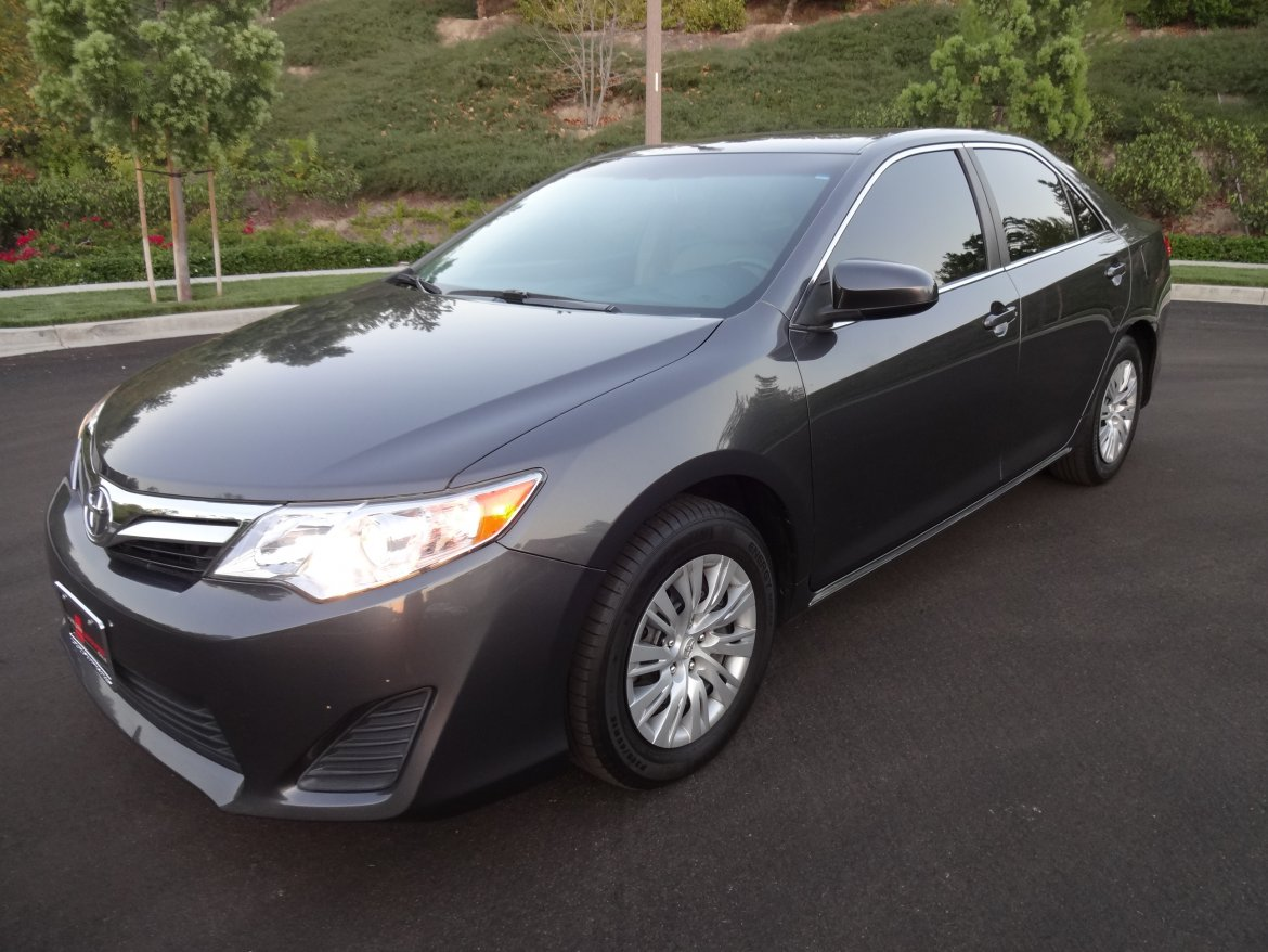 used 2013 toyota camry le for sale ws 10484 we sell limos. Black Bedroom Furniture Sets. Home Design Ideas
