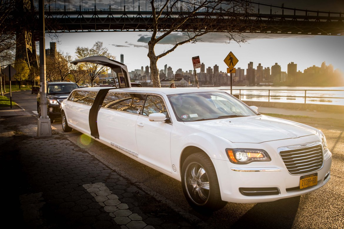 limousine for sale 2015 chrysler 300 in new york ny 10487 we sell limos. Cars Review. Best American Auto & Cars Review