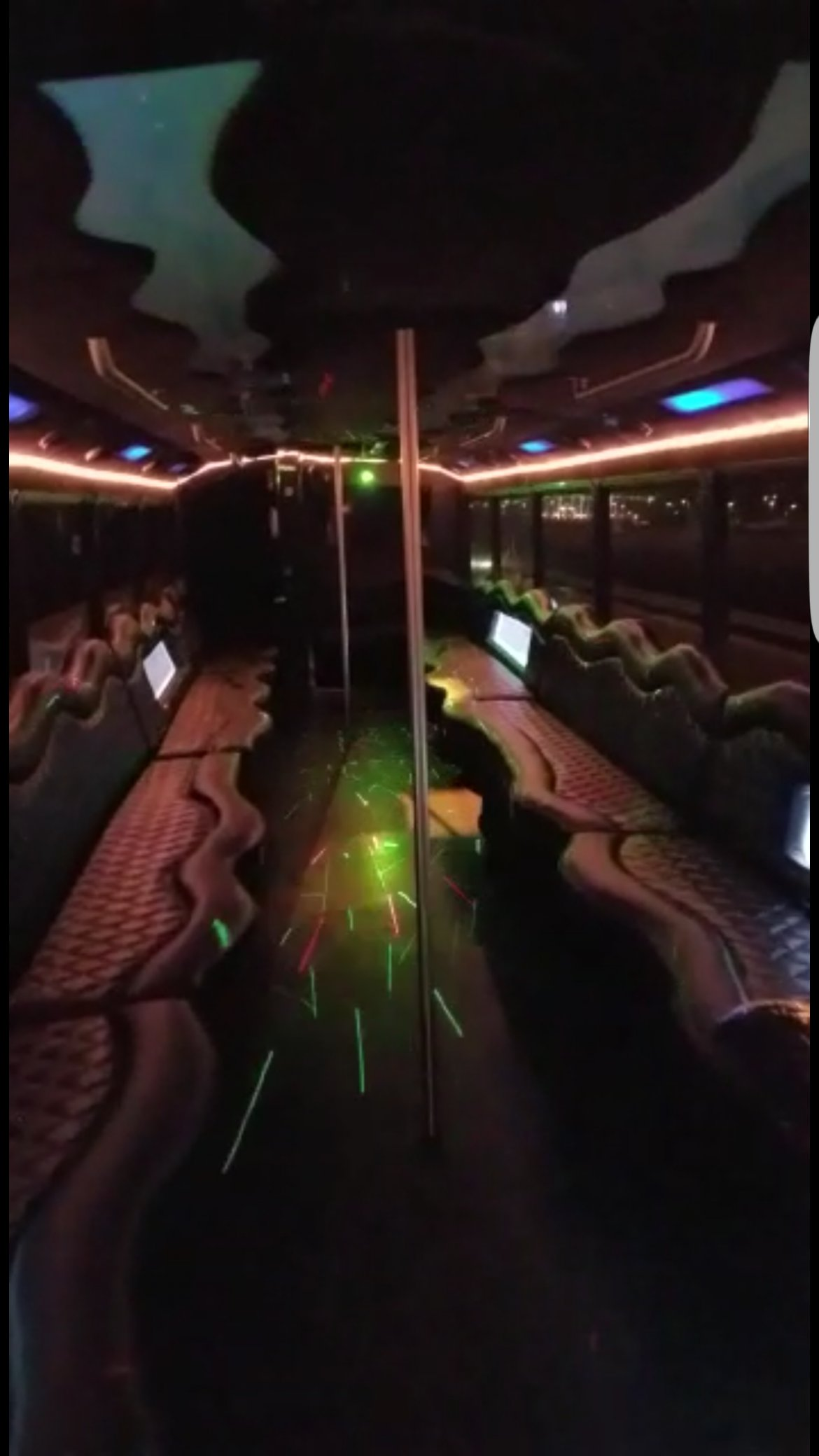 """Photo of Limo Bus for sale: 1992 MCI 102C3 40"""""""