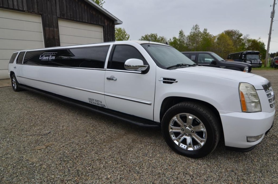 suv stretch for sale 2007 cadillac escalade in north east pa 10508 we sell limos. Black Bedroom Furniture Sets. Home Design Ideas