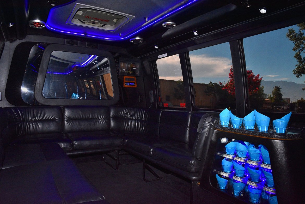 Photo of Limo Bus for sale: 2003 Ford E-450 by Krystal Koach