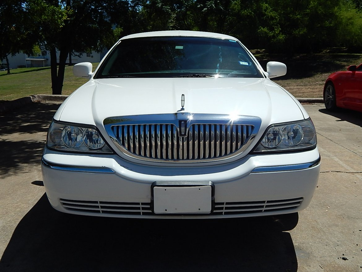 used 2010 lincoln town car executive l for sale ws 10526 we sell limos. Black Bedroom Furniture Sets. Home Design Ideas