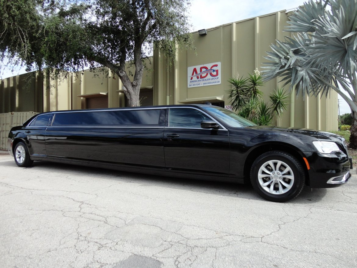 limousine for sale 2016 chrysler 300 limousine in delray beach fl 10539 we sell limos. Black Bedroom Furniture Sets. Home Design Ideas