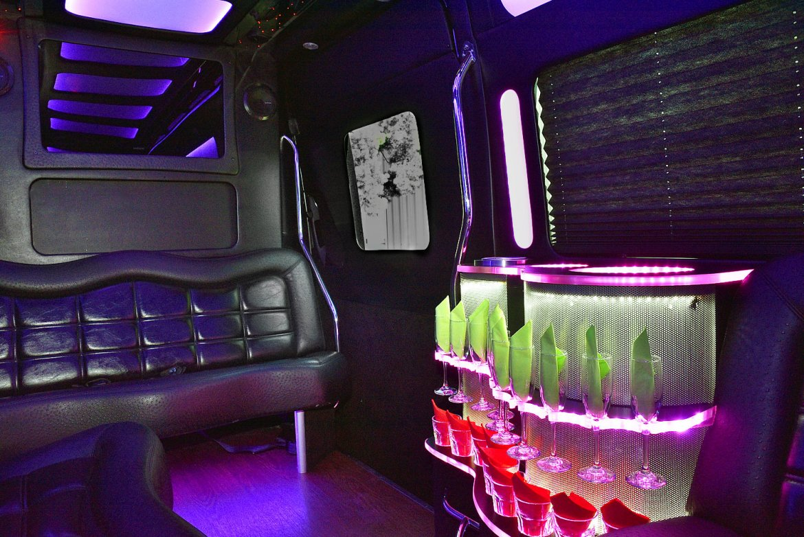 Photo of Van for sale: 2014 Mercedes-Benz Sprinter 3500 by Tiffany