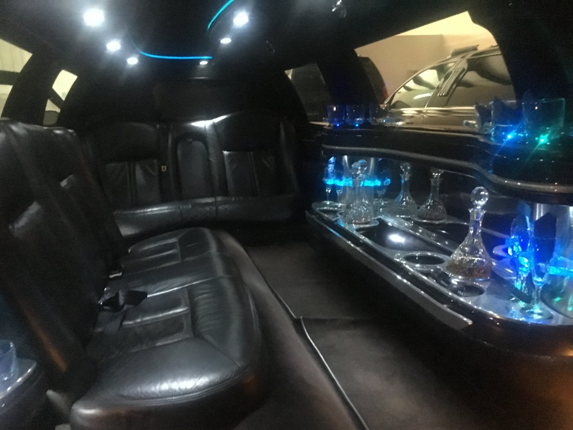 Used 2011 Lincoln Town Car For Sale Ws 10552 We Sell Limos