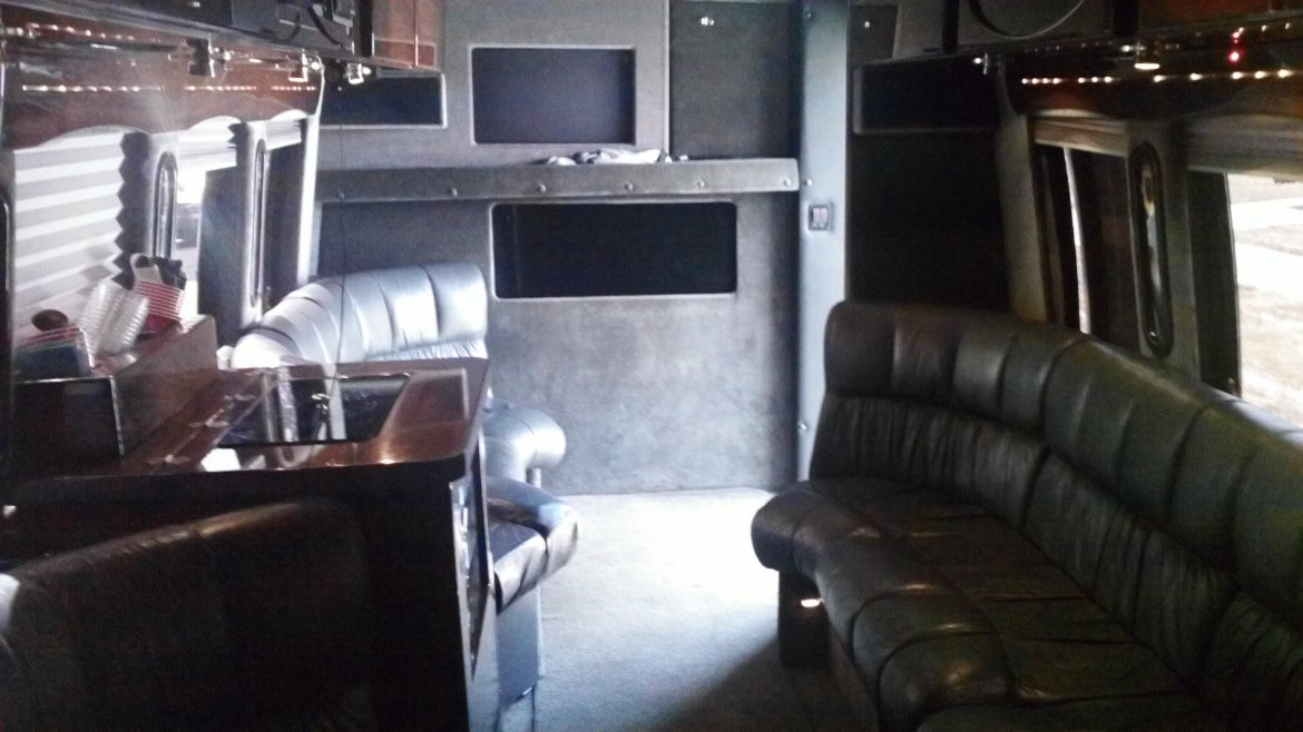 """Photo of Limo Bus for sale: 2003 Ford  E550 Turbo Diesel 7.3 33"""" by MidWest Customs"""