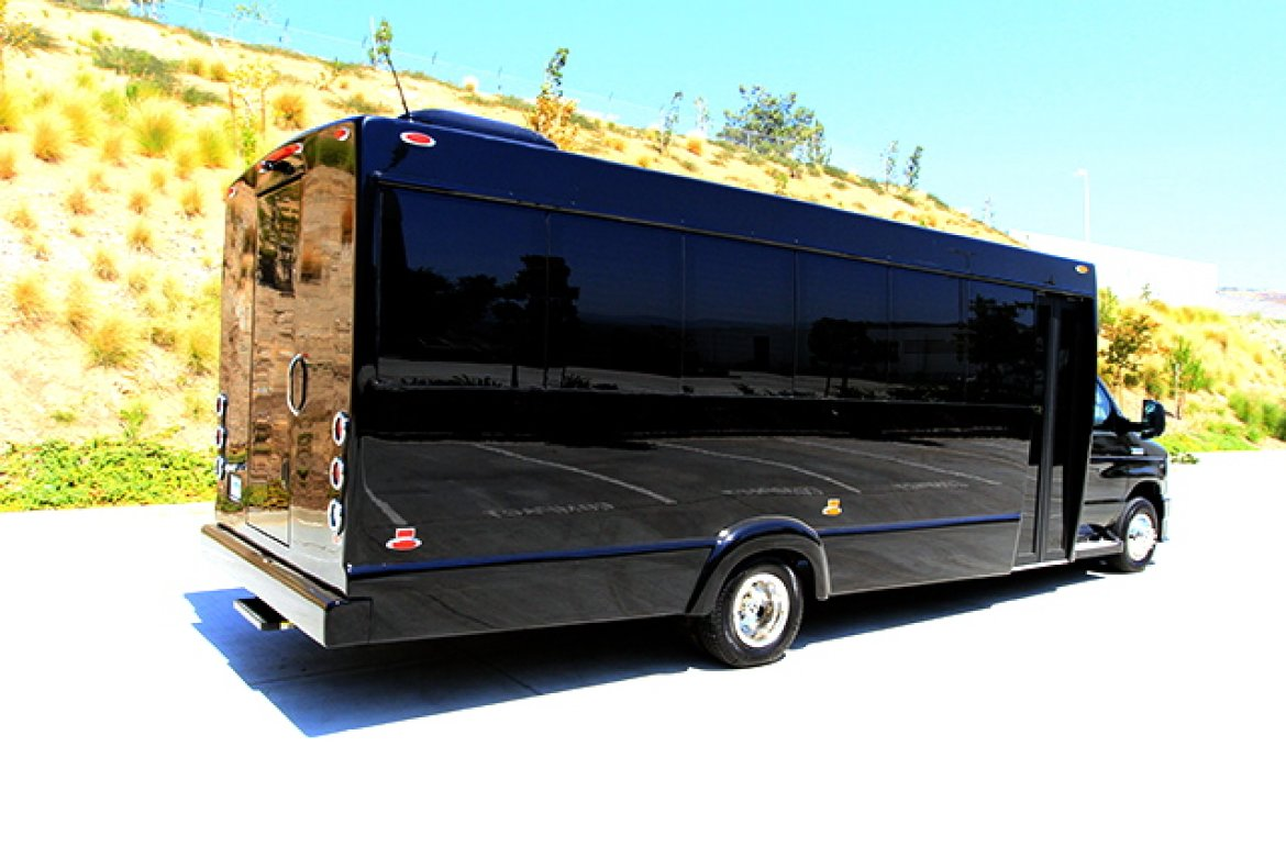 Ford Dealers Nj >> Limo Bus for sale: 2017 Ford E-450 in Oaklyn, NJ - #10558 ...