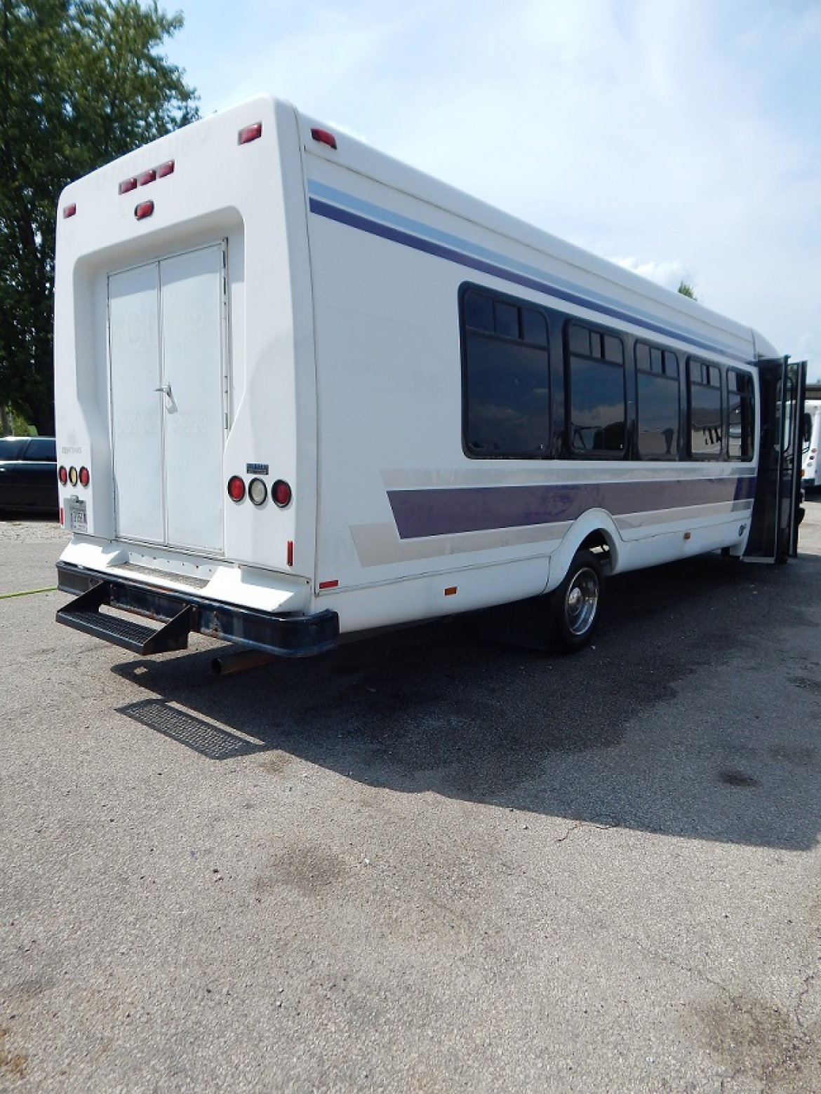 Photo of Shuttle Bus for sale: 2004 Chevy  StarTran