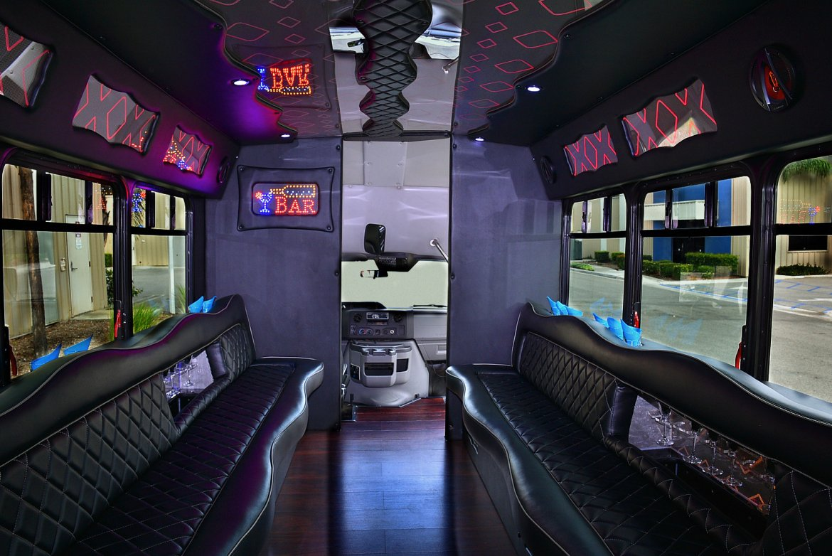 Photo of Limo Bus for sale: 2012 Ford E-450 by Starcraft