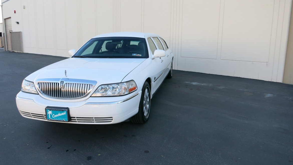 Limousine For 2004 Lincoln Town Car By Lcw