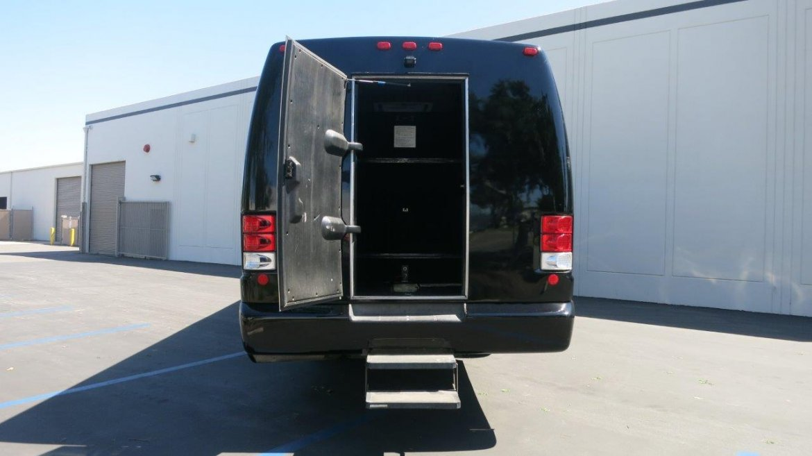 Used 2006 International Pc015 For Sale Ws 10639 We Sell Limos