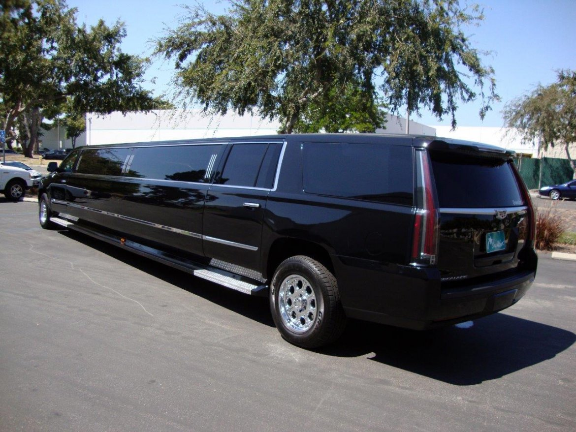 cadillac escalade for sale we sell limos autos post. Black Bedroom Furniture Sets. Home Design Ideas