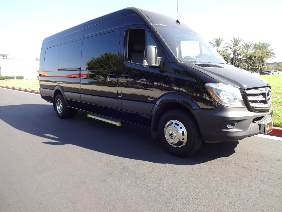 Used 2015 mercedes benz sprinter 3500 chassis limousine for Mercedes benz 3500 sprinter