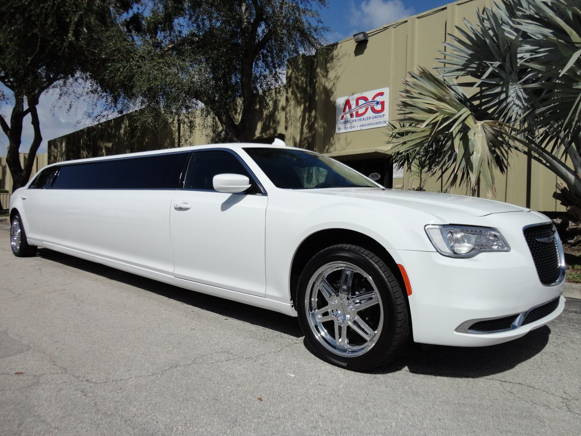 used limousine for sale 2016 chrysler 300 in delray beach fl 10671 we sell limos. Black Bedroom Furniture Sets. Home Design Ideas