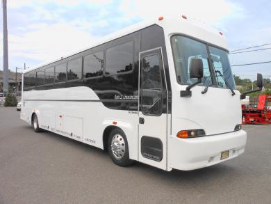 For sale: 2004 Craftsman with real wood floor in 2012 LED lights and much more  Freightliner  40' Limousine Coach Limo Bus