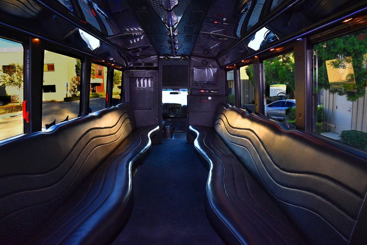 Photo of Limo Bus for sale: 2008 Chevrolet 5500 by Westwind