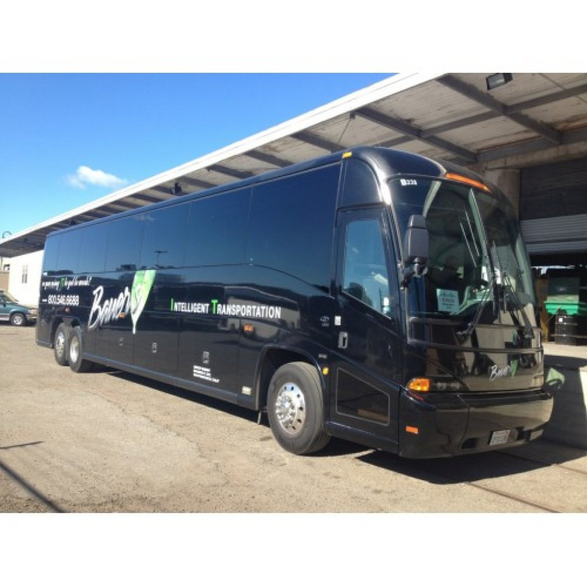 Motorcoach for sale: 2009 MCI J4500 45""