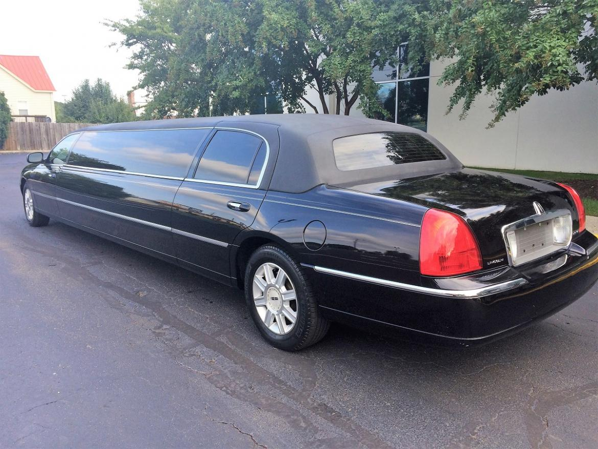 new 2007 lincoln town car for sale ws 10078 we sell limos. Black Bedroom Furniture Sets. Home Design Ideas