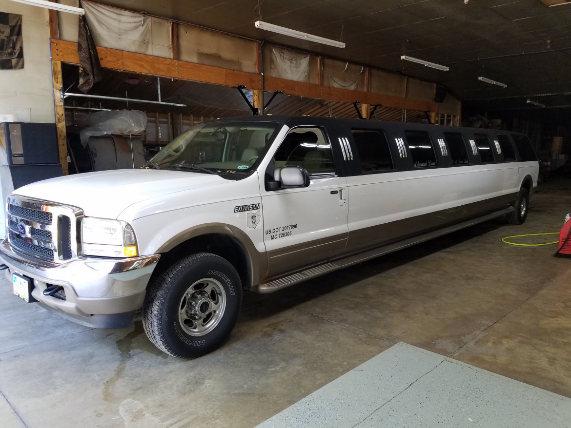 Limousine For Sale Ford Excursion In Tiffin OH - 2002 excursion