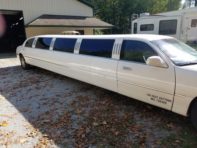 "Photo of Limousine for sale: 2003 Lincoln Limousine 180"""