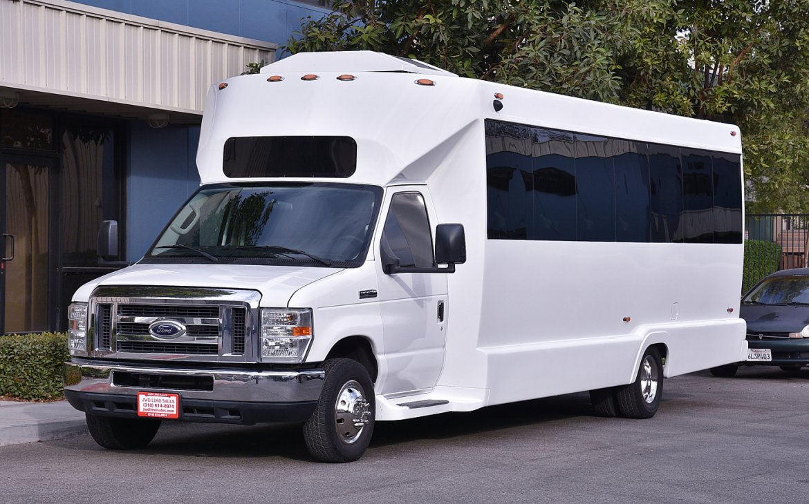 Limo Bus for sale: 2011 Ford E-450 by Tiffany