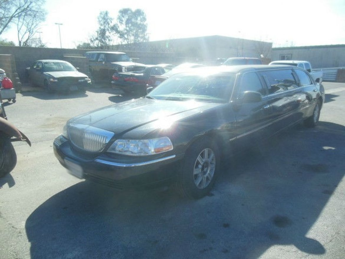 Used 2008 Lincoln Town Car 72 Quot Executive For Sale Ws 10848