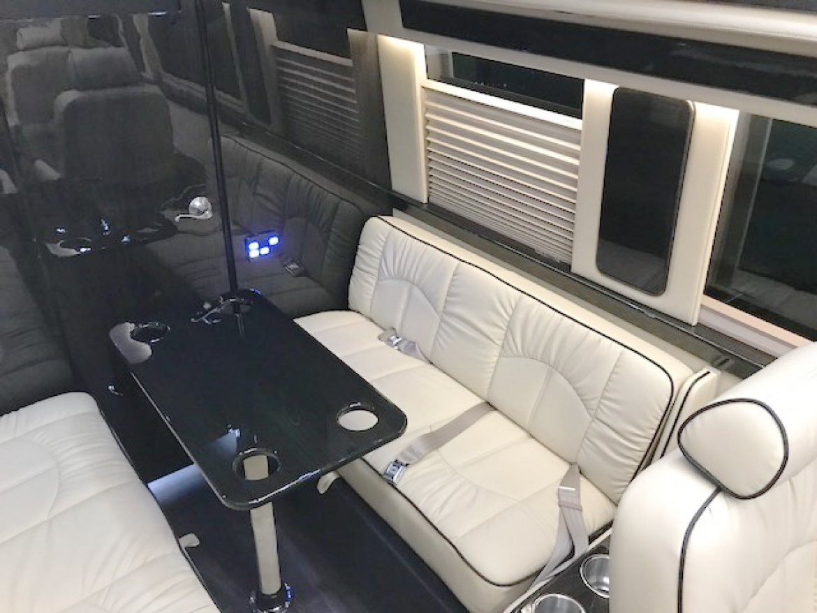 "Photo of Sprinter for sale: 2018 Mercedes-Benz Sprinter 3500 Super Single 24"" by Midwest"