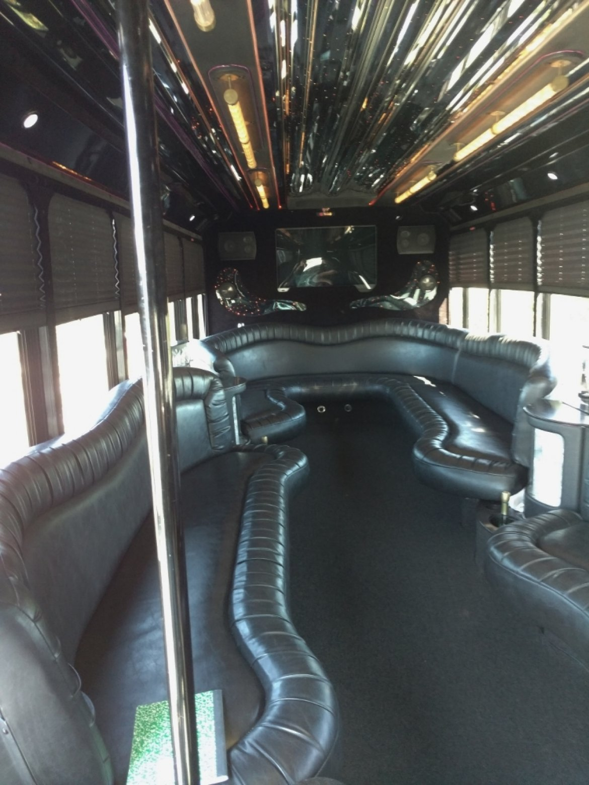 Limo Bus for sale: 2003 Ford E550  by Federal