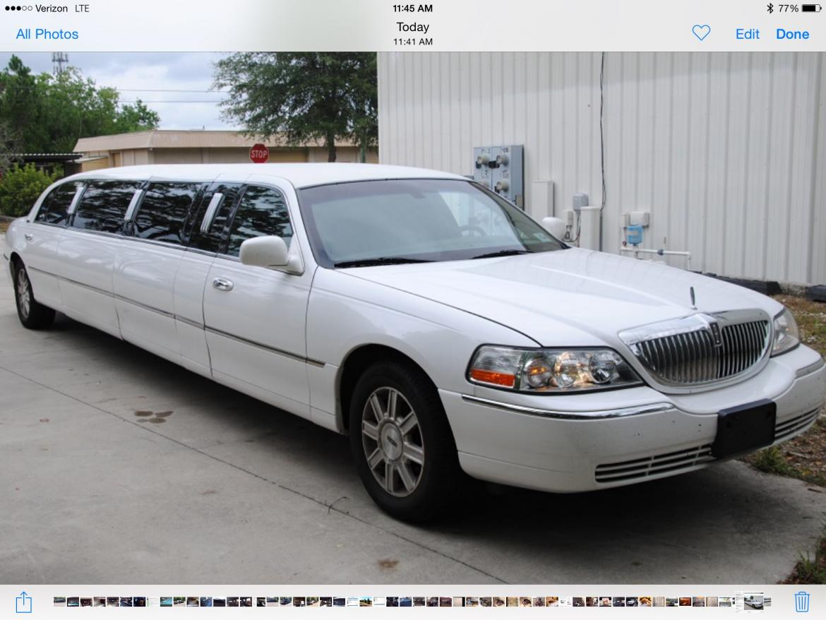 used 2011 lincoln town car for sale ws 10087 we sell limos. Black Bedroom Furniture Sets. Home Design Ideas