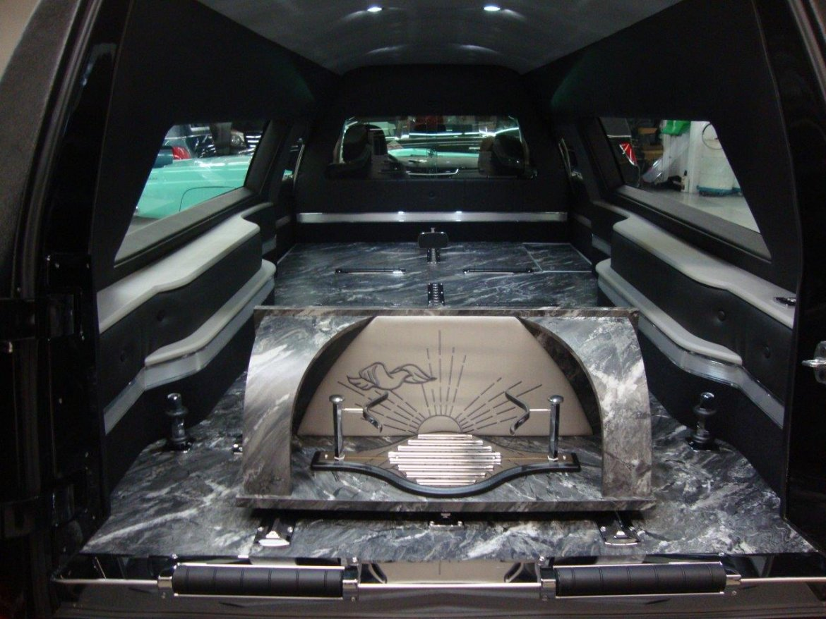 Funeral for sale: 2018 Cadillac XTS Kensington by Eagle Coach