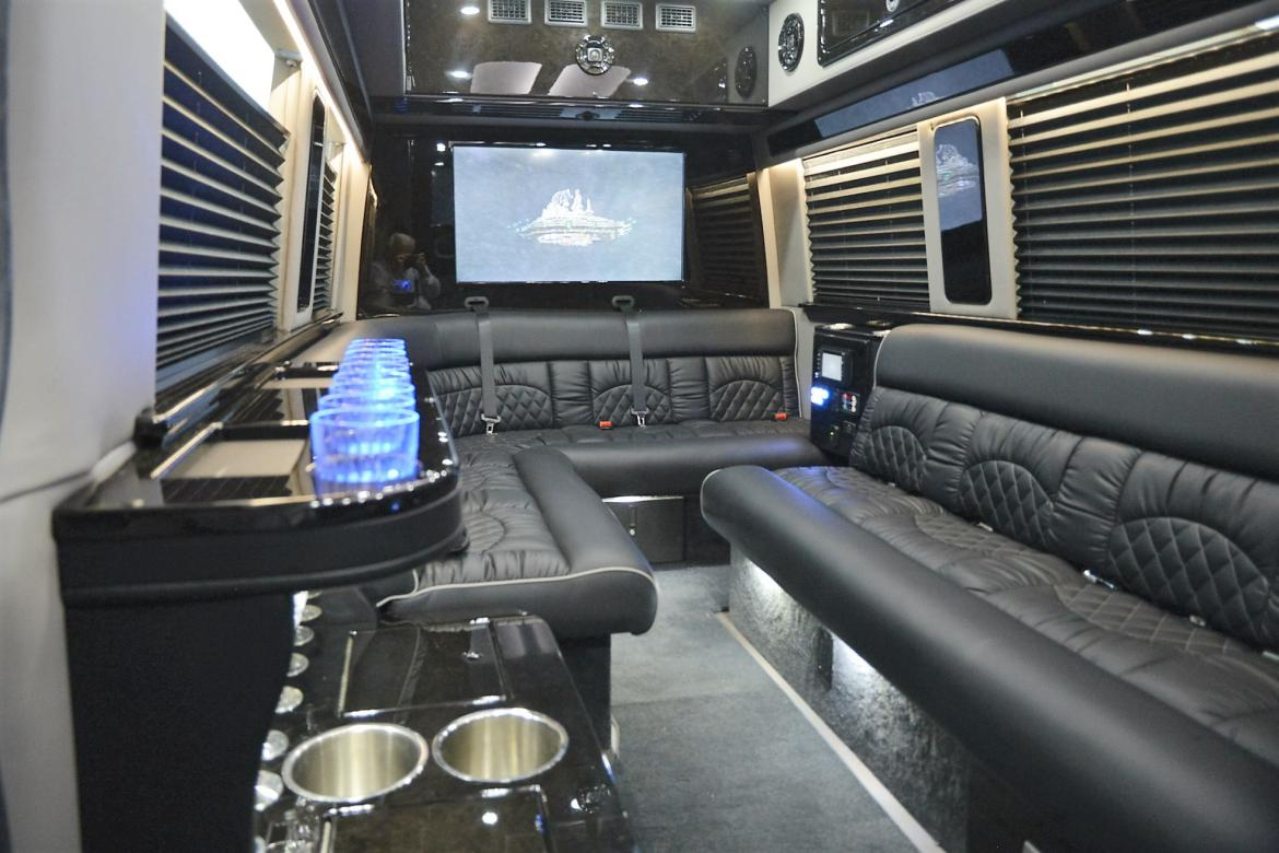 New 2016 mercedes benz 3500 super single sprinter for sale for Lakeview mercedes benz