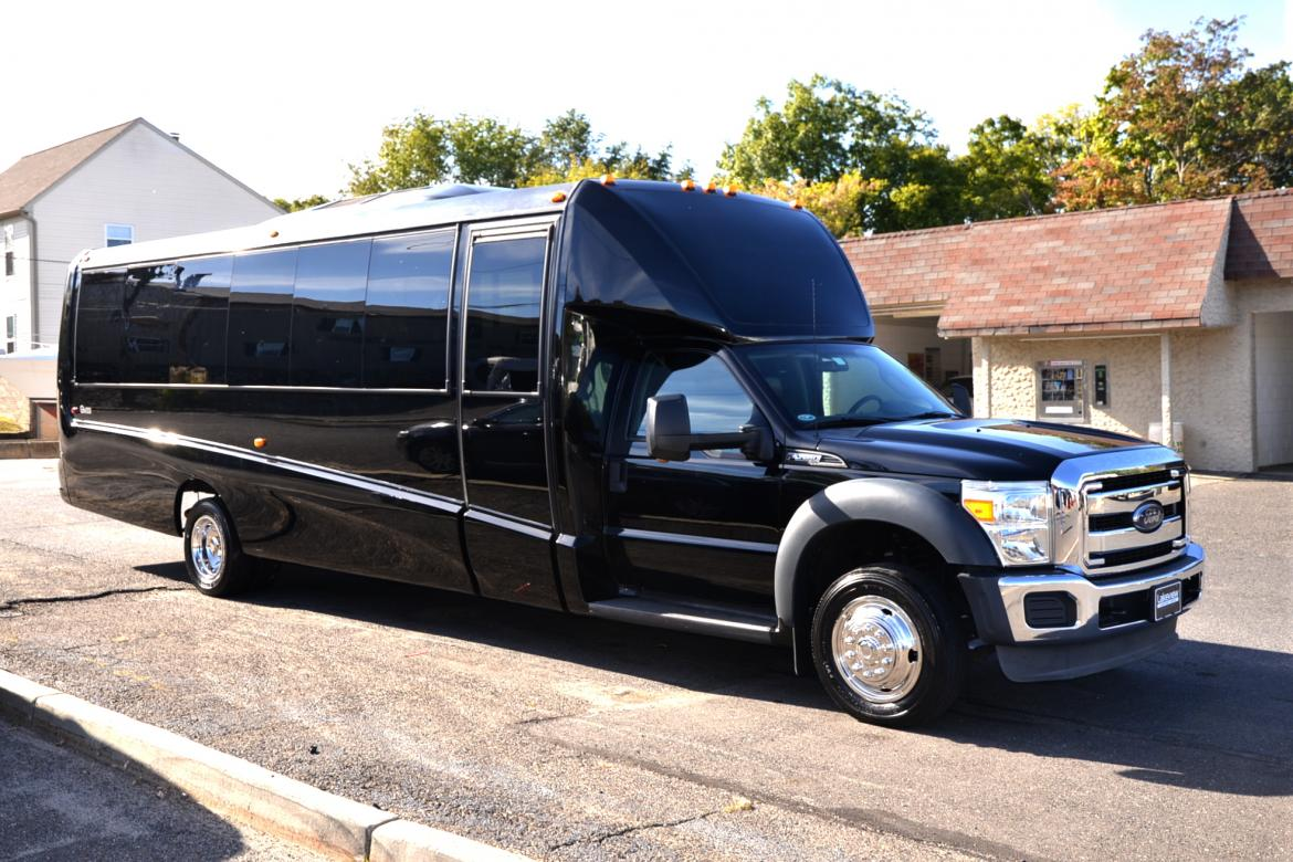 Used 2014 ford f 550 for sale ws 10091 we sell limos for Used ford motors sale