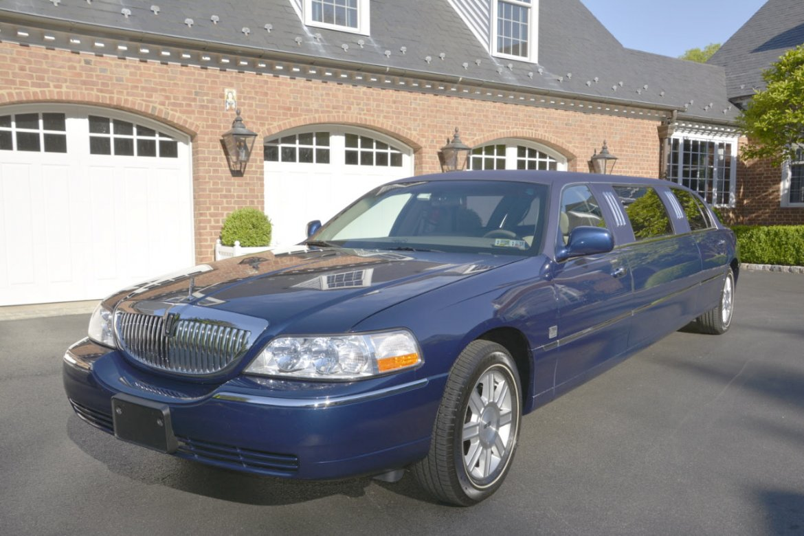 used 2008 lincoln town car for sale ws 10915 we sell limos. Black Bedroom Furniture Sets. Home Design Ideas