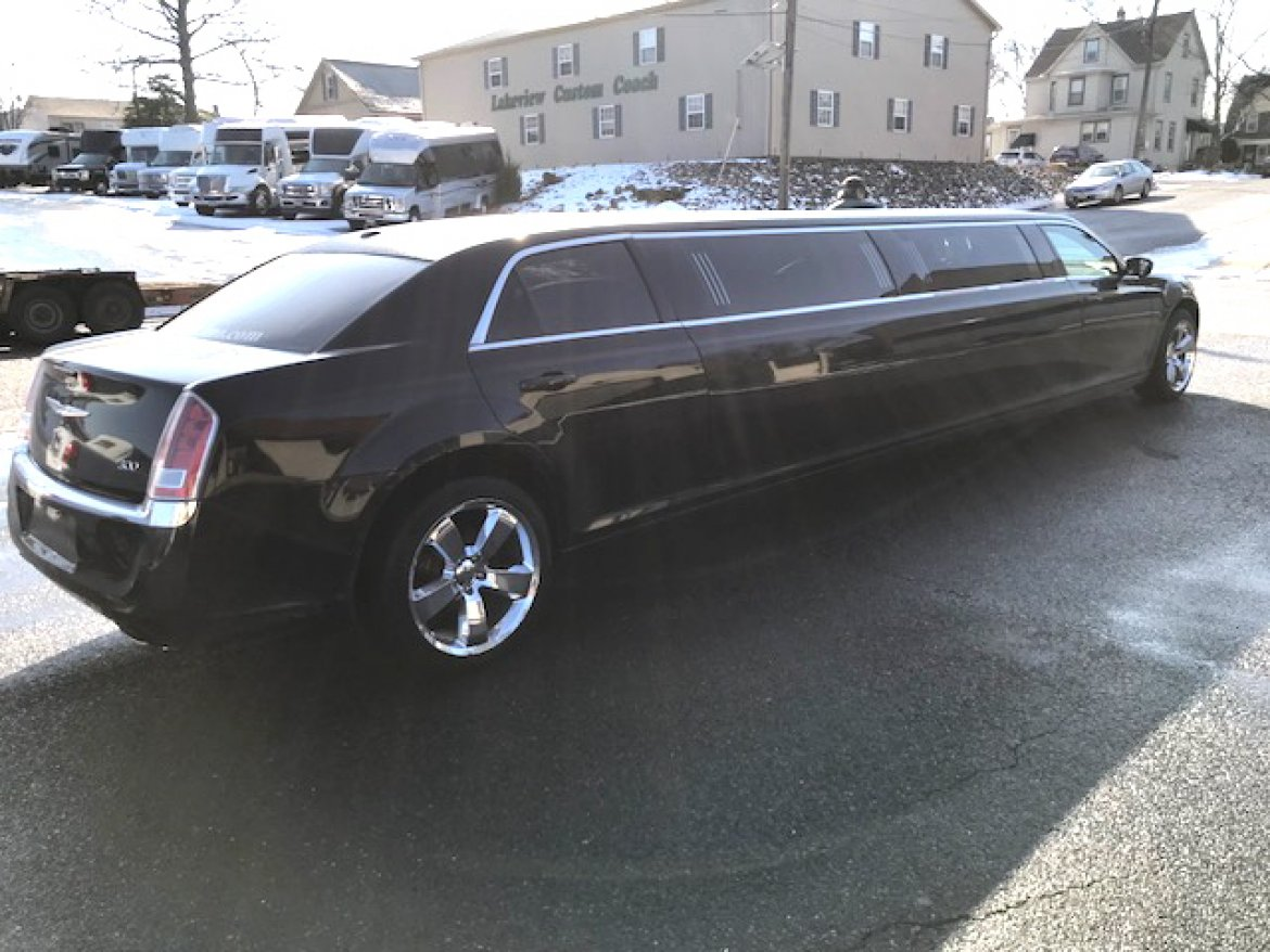 "Limousine for sale: 2013 Chrysler 140"" 140"" by Executive Coach"