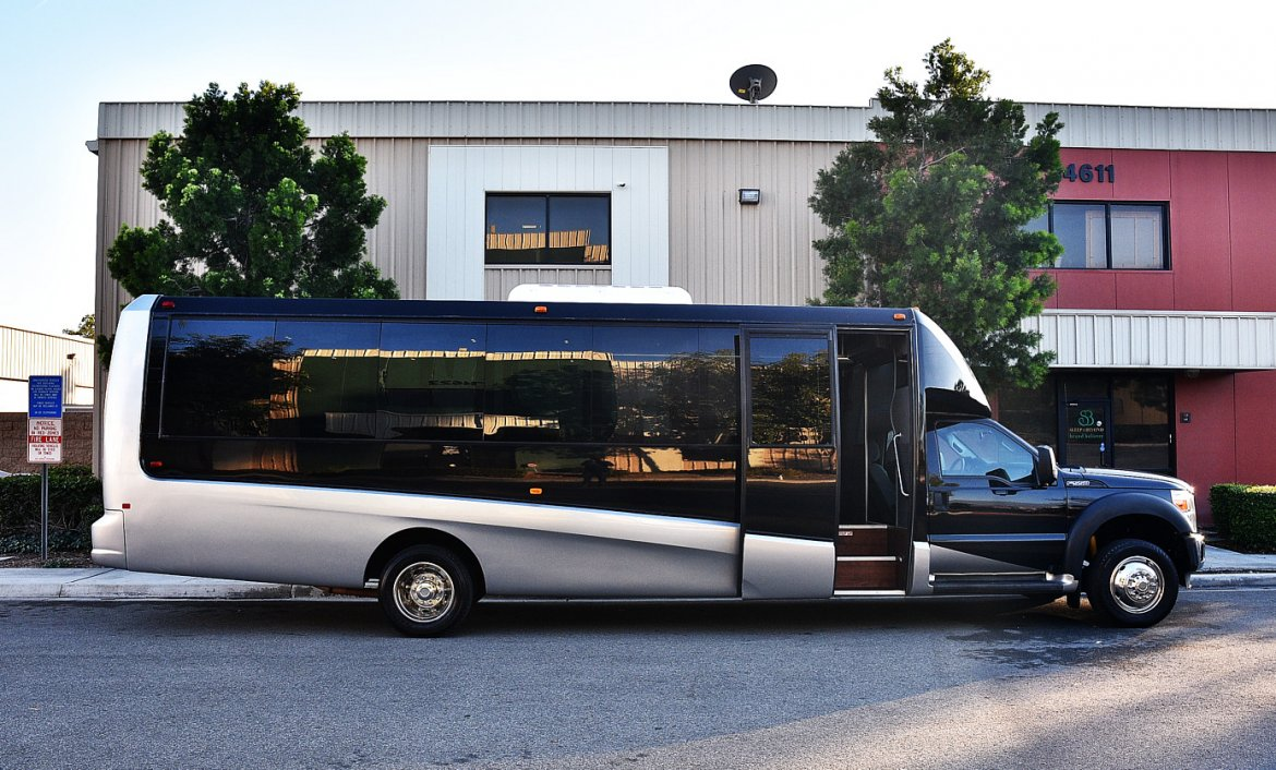 Photo of Shuttle Bus for sale: 2013 Ford F-550 by Grech Motors