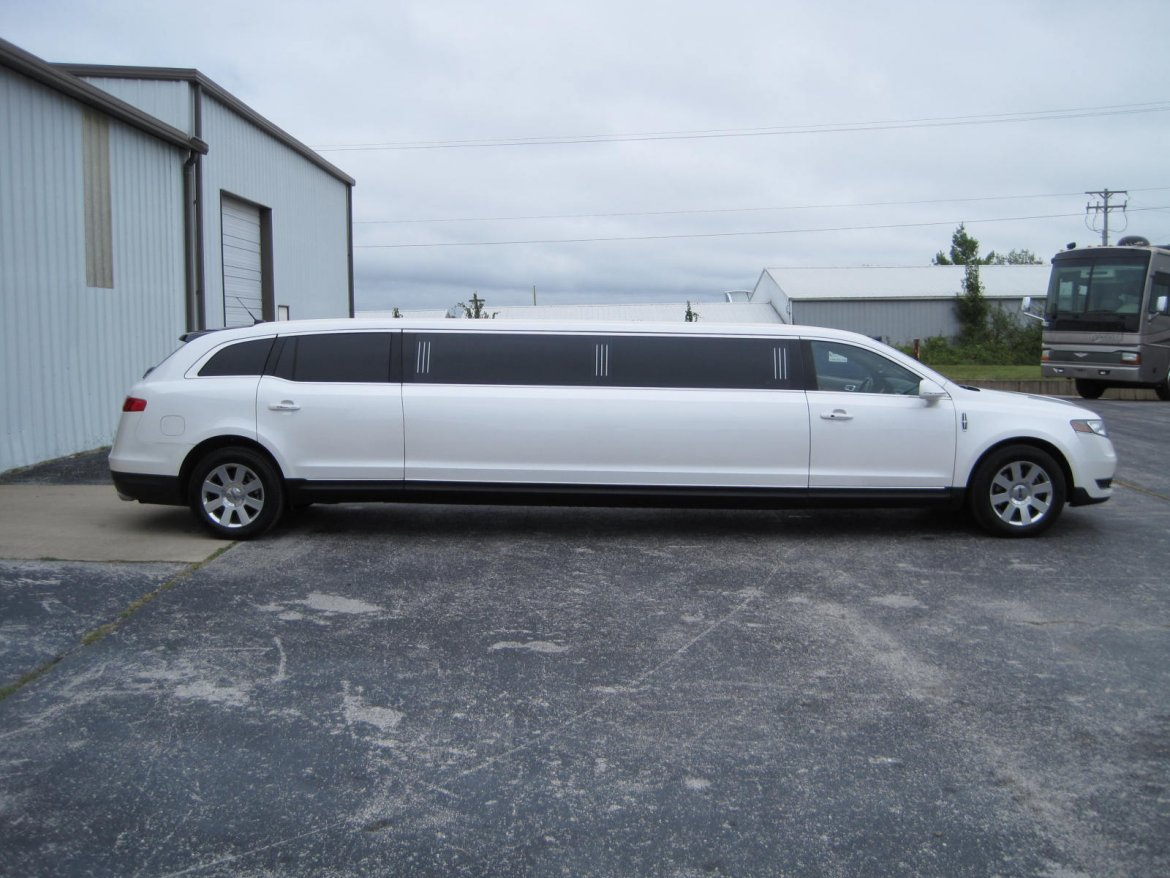 """Photo of Limousine for sale: 2013 Lincoln MKT 120"""" by Executive Coach Builders"""