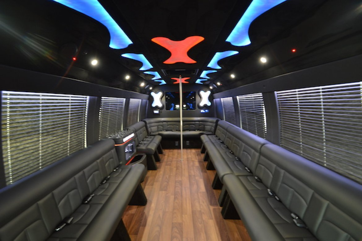 Photo of Limo Bus for sale: 2017 Ford F550 by Batissati