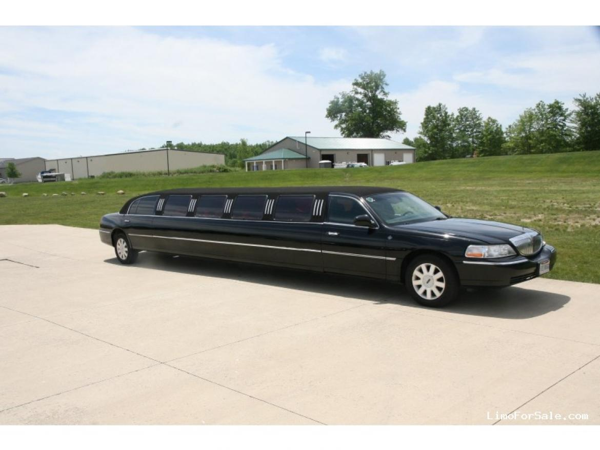 Used 2005 Lincoln Towncar For Sale Ws 10095 We Sell Limos