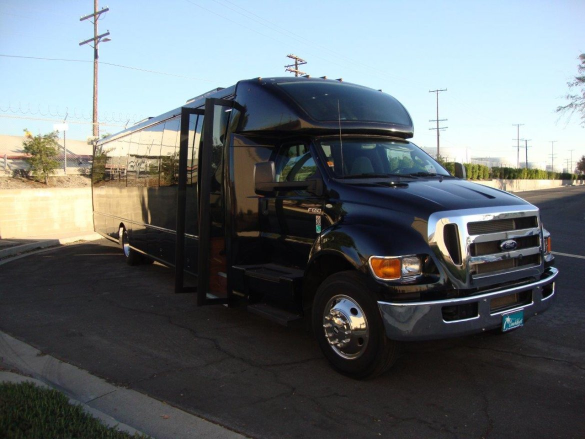 Used 2014 Ford F 650 For Sale Ws 10981 We Sell Limos