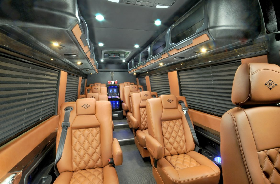 """Photo of Sprinter for sale: 2017 Mercedes-Benz 3500  25"""" by McSweeney"""
