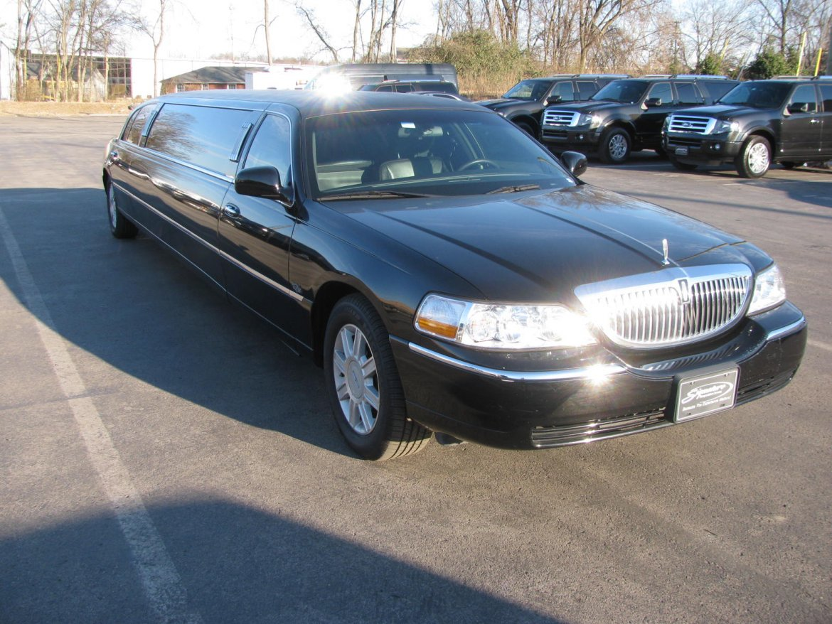 Used 2011 Lincoln Town Car For Sale Ws 10990 We Sell Limos